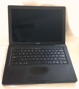 Apple Macbook Black 31